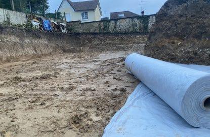 Terrassement pleine masse sous sol avec fond de forme drainant