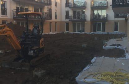 Apport de terre pour remblaiement d'un patio intérieure pour un promoteur immobilier