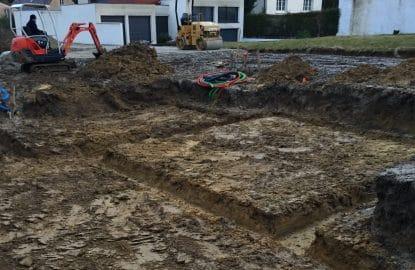 Réalisation des fouilles pour création des fondations